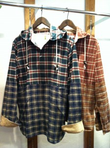 TRICKY MOUNTAIN | フードシャツ