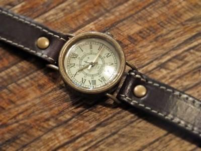 HAWKの時計