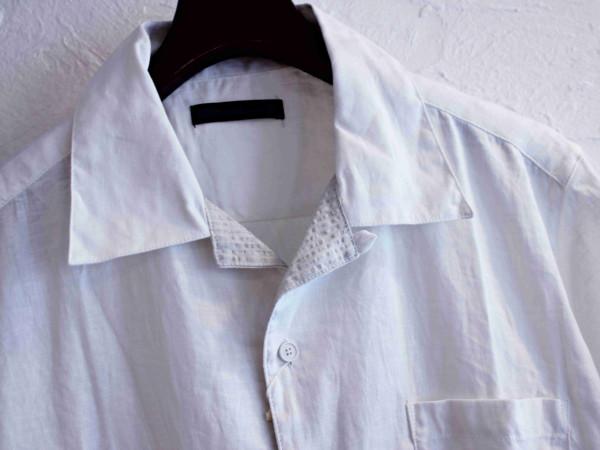 サラッと一枚で着たい開襟シャツ