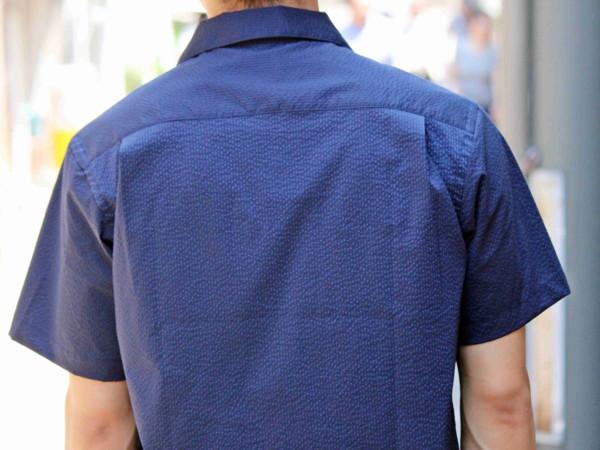 これもサラッと一枚で着たい大人の一着