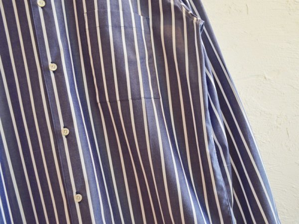 LAMONDのストライプシャツ