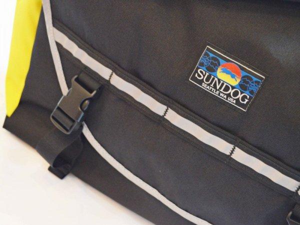 SUNDOGのメッセンジャーバック