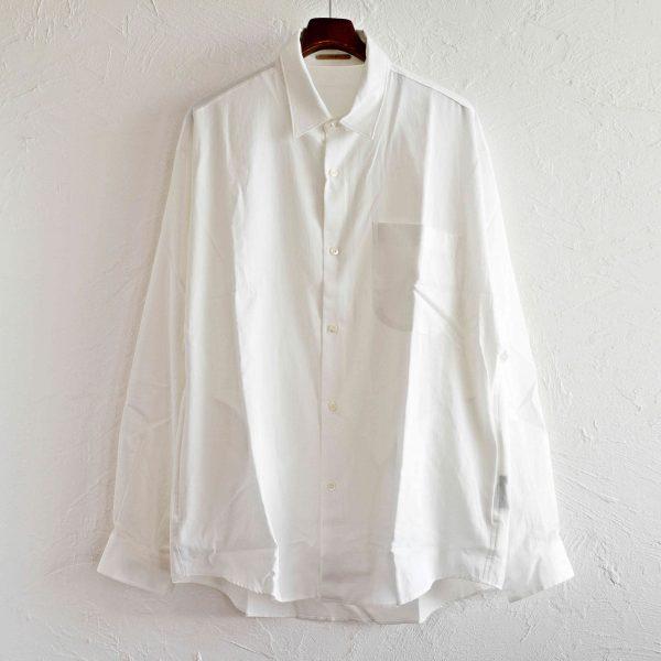 大人の白シャツ~LAMOND~