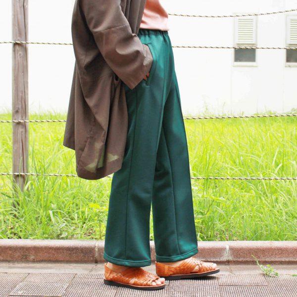 """人気のジャージ""""LOCALINA×OTSUKAのflare pants"""""""