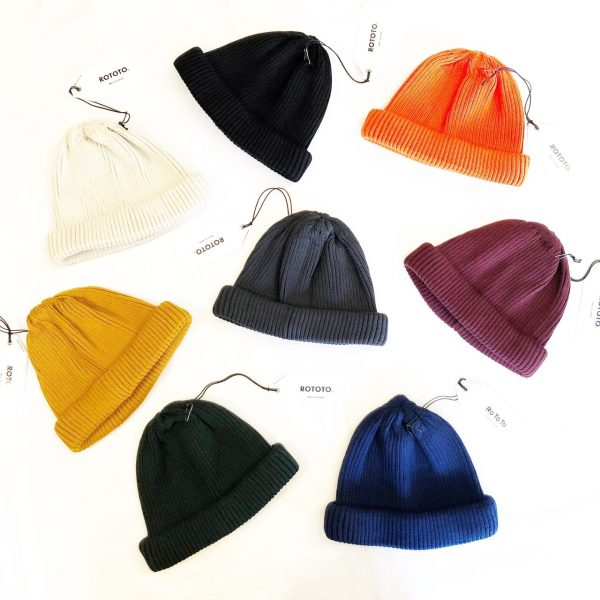 RoToToのCOTTON ROLL UP BEANIE。
